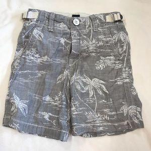 GAP gray and white shorts